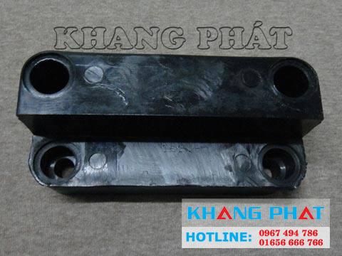 phu-kien-cua-kho-lanh-3